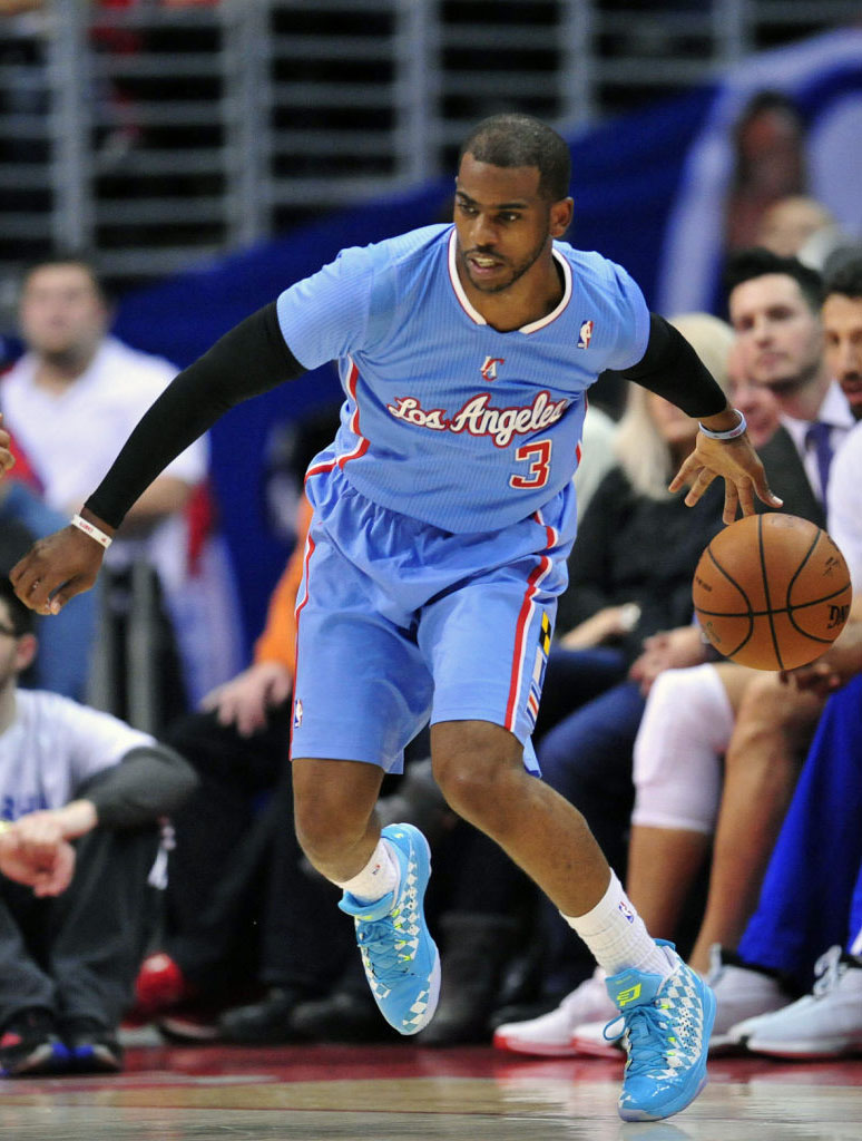 Chris Paul Returns in 'University Blue Argyle' Jordan CP3.VII (2)