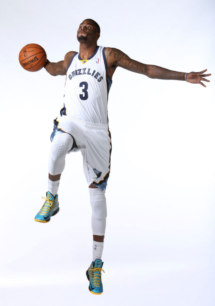 Willie Reed wearing Nike KD V N7