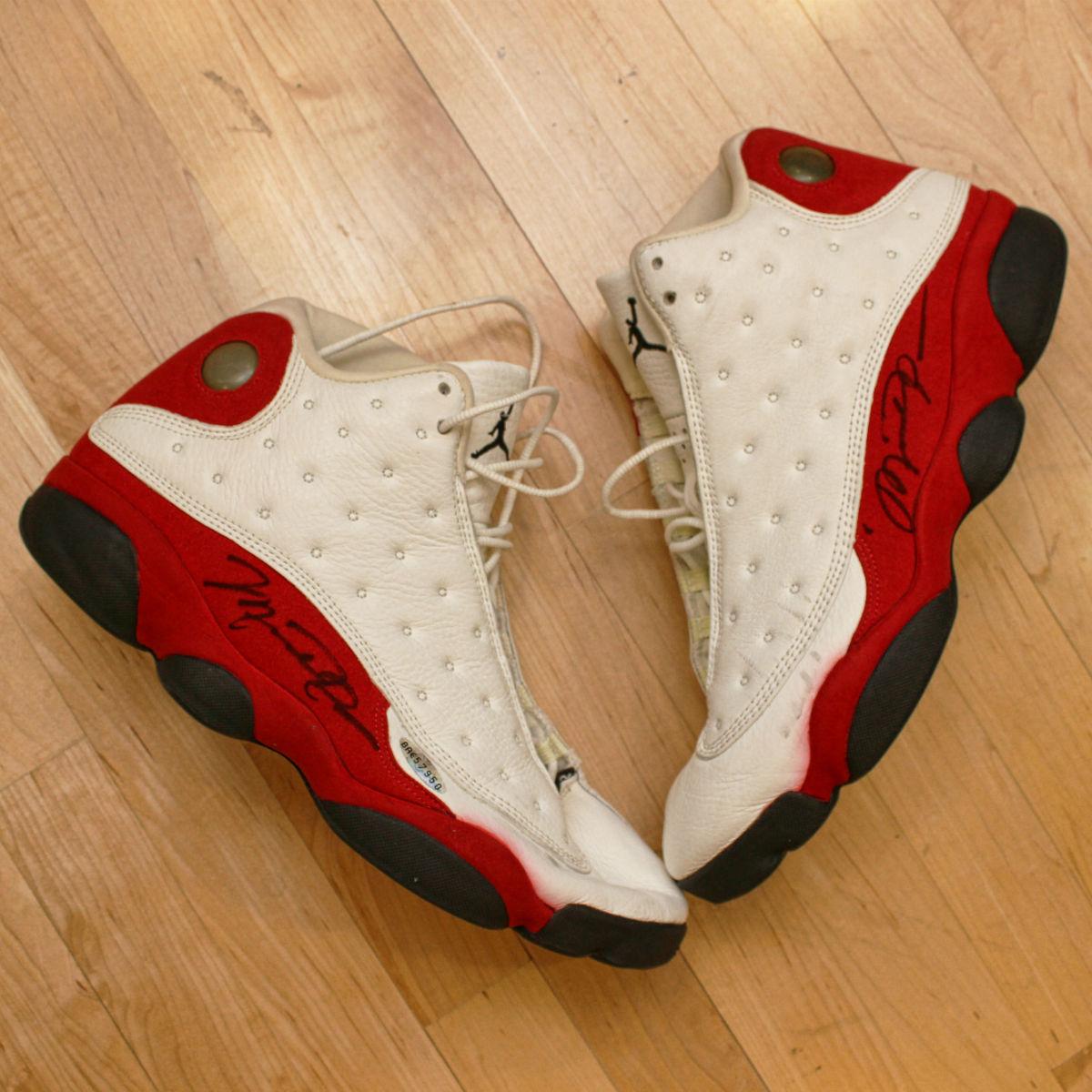 Game-Worn Air Jordan 13 White/Red 1997-98 Autographs