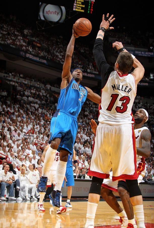 News  Jason Terry Auctioning Off NBA Finals Game 6 Reebok Zig Slash ... 48f0a4d41