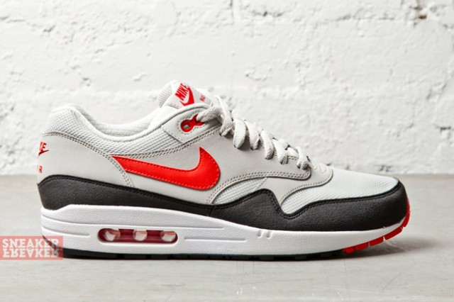 air max 1 red grey white