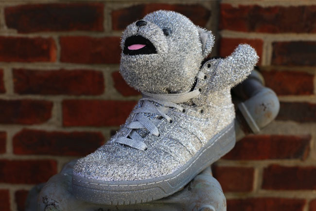 These Silver and Gold colorways of the JS Bear will be available November  15th at Oneness e8202d5956df