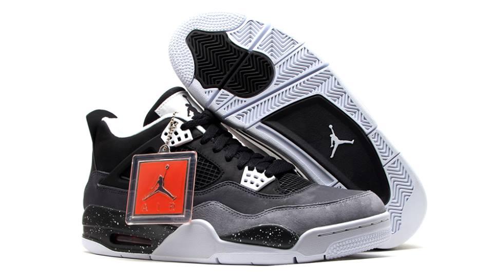 best loved 420f3 83435 Air Jordan 4 Retro