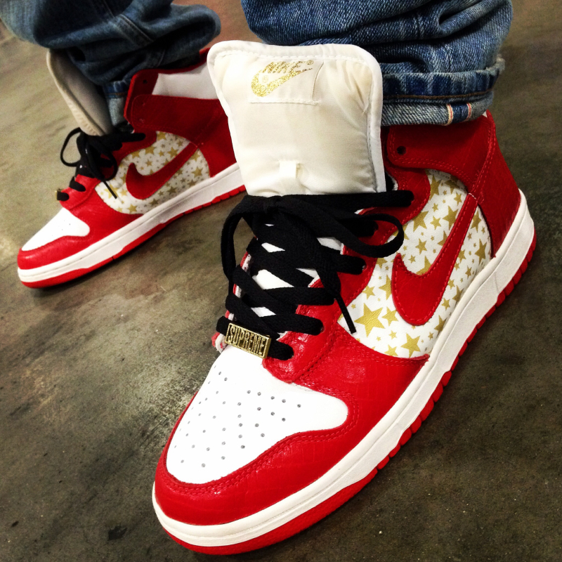 Supreme x Nike SB Dunk High