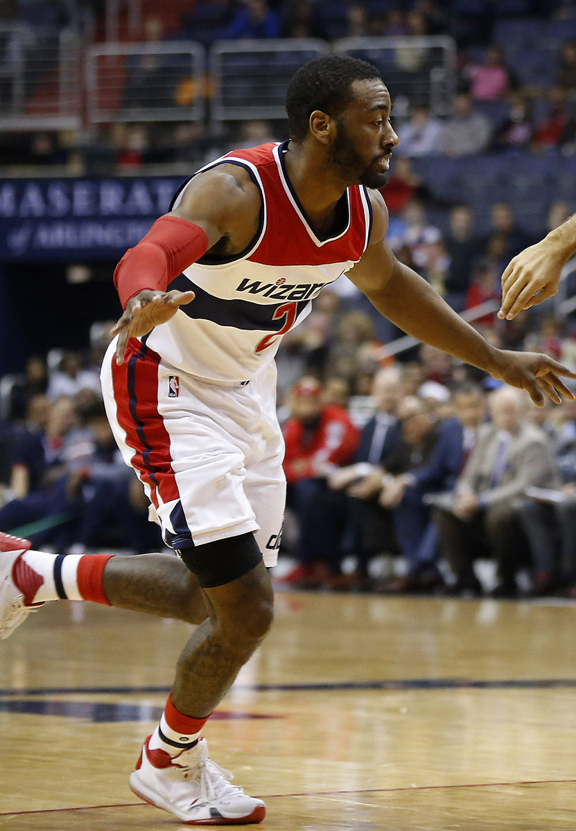 a684ef67a5a John Wall wearing Nike Kobe 10 with Taped Over Logo (1)
