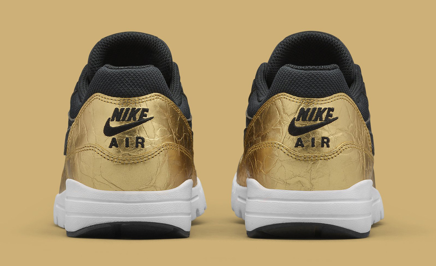 Nike Made Special Air Max 1s for Super Bowl 50
