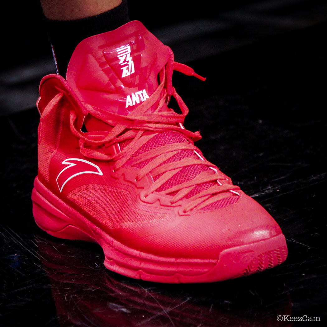 Chandler Parsons wearing ANTA Signature (2)