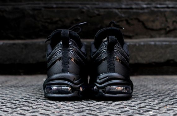 nike air max 97 black hyperfuse