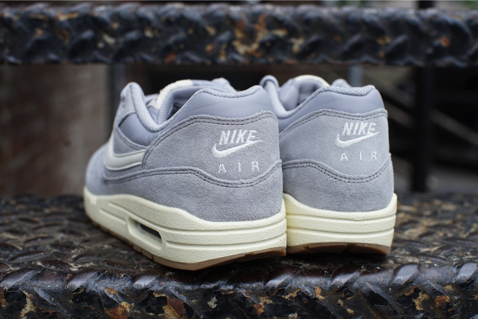 nike air max 1 essential suede