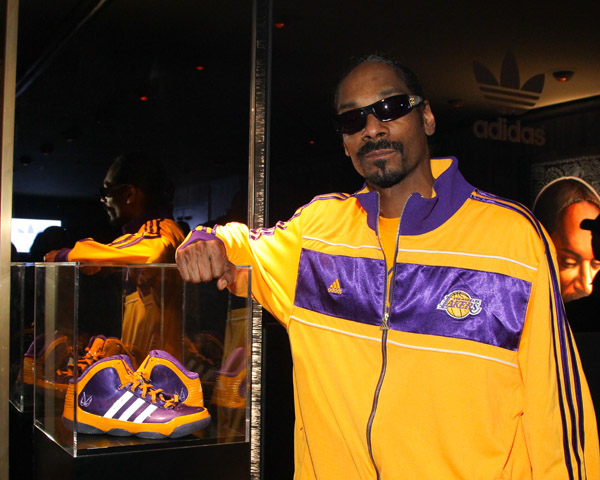 Photos  adidas and Snoop Dogg Co-Hosted NBA All-Star Weekend Party ... 5505d87da