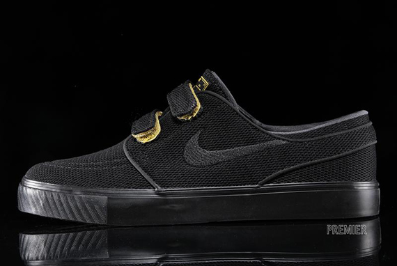 janoski all black