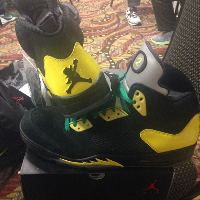 Arik Armstead's Oregon Air Jordan 5 PE (1)