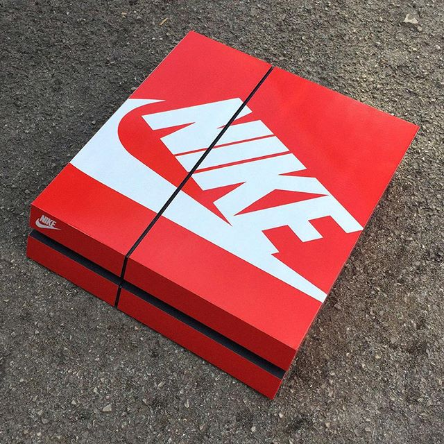 Playstation 4 Nike Box Skin