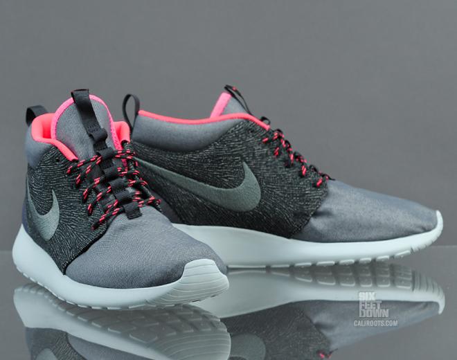 Nike Roshe Run Mid QS - \