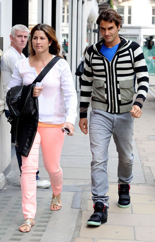 Roger Federer Wears the Nike Air Yeezy 2 (1)
