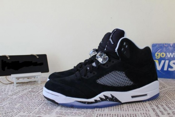 hot sales 7d029 b02c7 The  Oreo  Air Jordan 5 Retro is scheduled to release November 29th at  select Jordan Brand accounts nationwide.