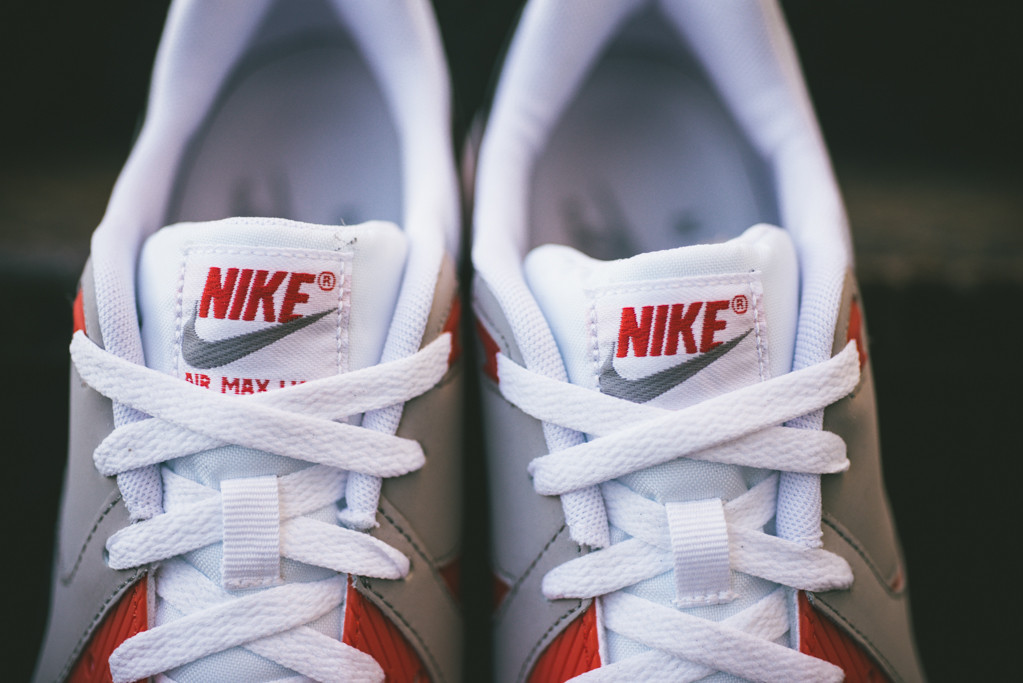 6aee3d00e1ad9e Nike Air Max Light Essential - Two OG Looks Are Back