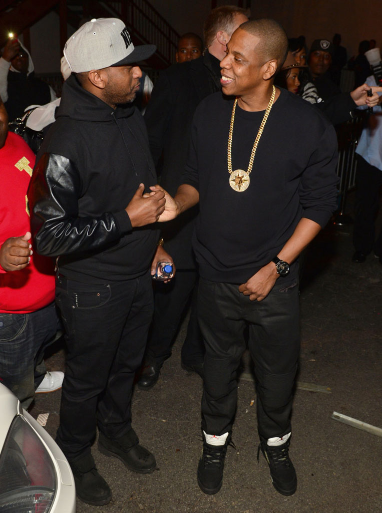 Jay Z Wears 'Metallic' Air Jordan 5 (2)