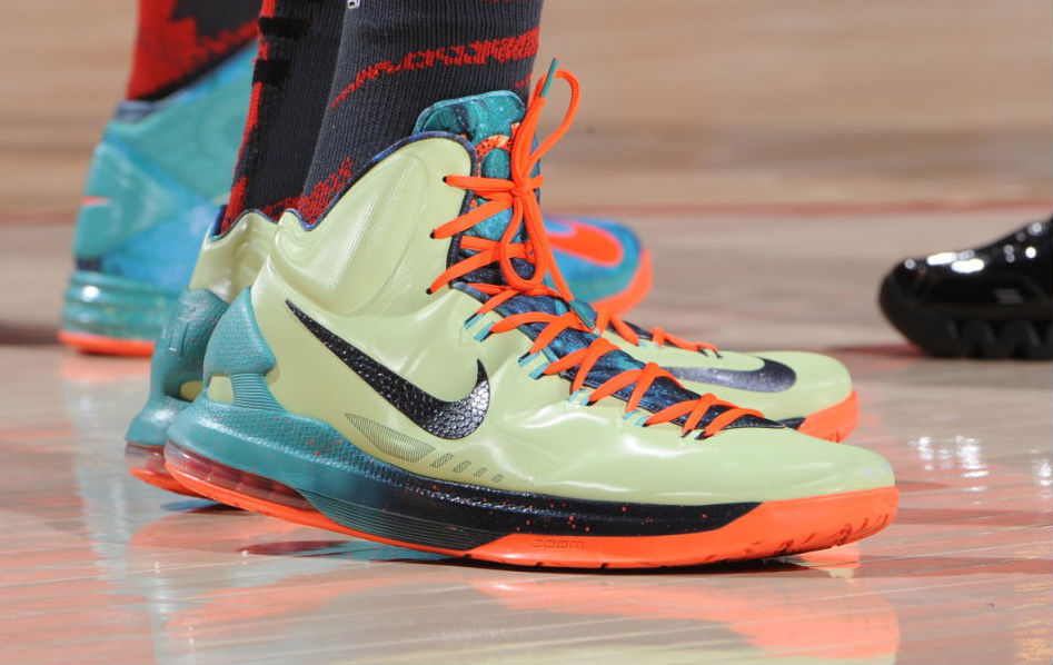 Kevin Durant wearing Nike KD V Area 72 All-Star (2)