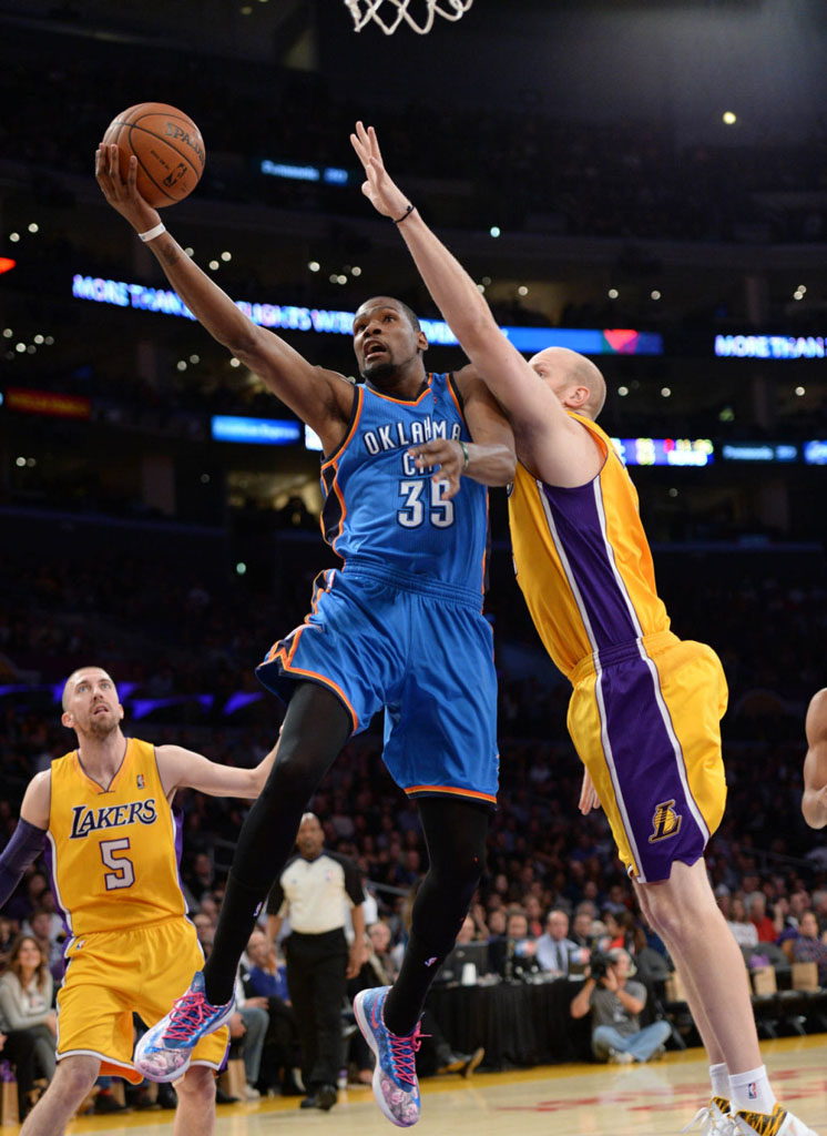 d282a809cc70 Kevin Durant Wears  Aunt Pearl  Nike KD 6 (3)