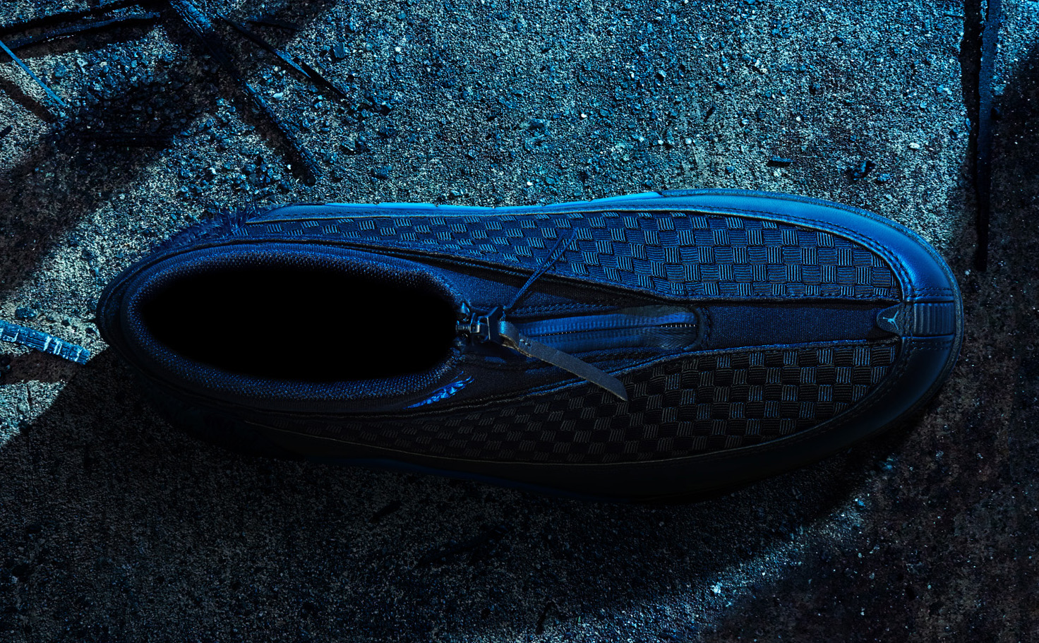 Top-down of the blue Kubo x Air Jordan 15