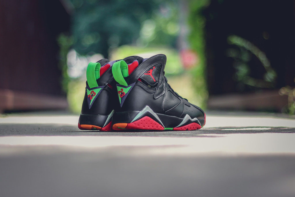 Air Jordan 7 Marvin the Martian 304775-029 (8)