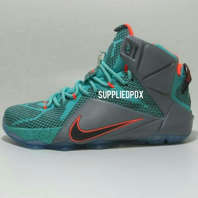 Nike LeBron XII 12 Teal/Grey-Orange Sample (6)