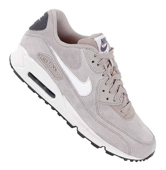 21ac0625c578b air max 90 essential suede