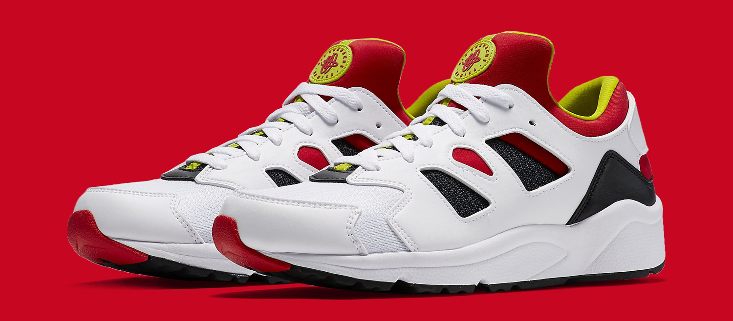 Nike Air Huaraches for the International Crowd  5e27d6e2a