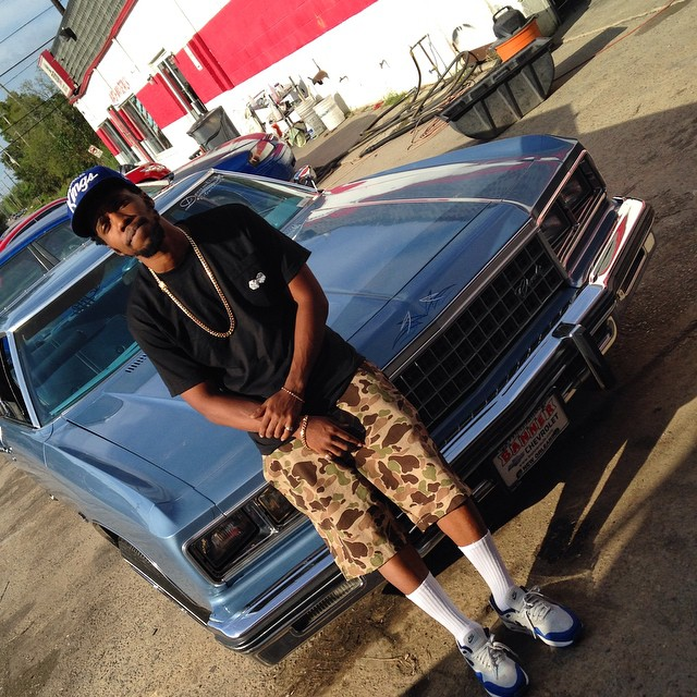 Currensy wearing Nike Air Max 1