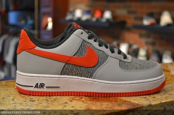 nike air force 1 badge