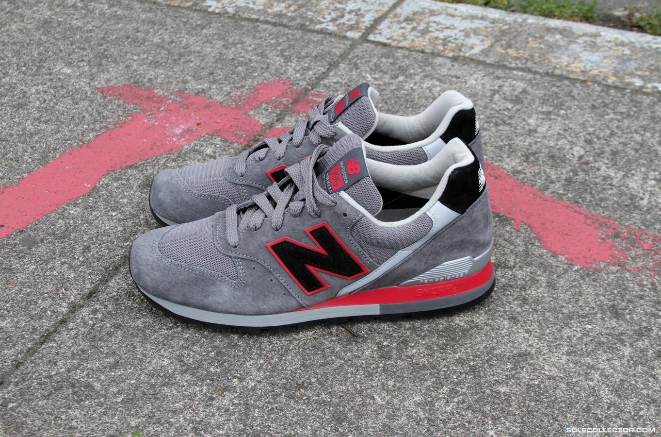 New Balance 996 Dark Grey Red