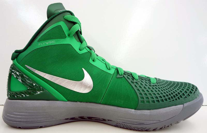 Nike Zoom Hyperdunk 2011 Supreme Lucky Green Gorge Green Cool Grey Metallic  Silver 469776-300 e0b1c93d8ea