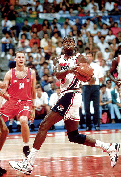 b457804390e LIST  EM  Top 10 USA Basketball Shoes