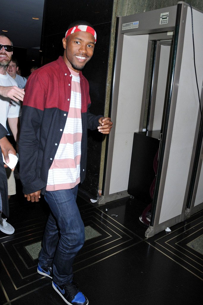 Frank Ocean wearing Air Jordan I 1 Black Royal (3)