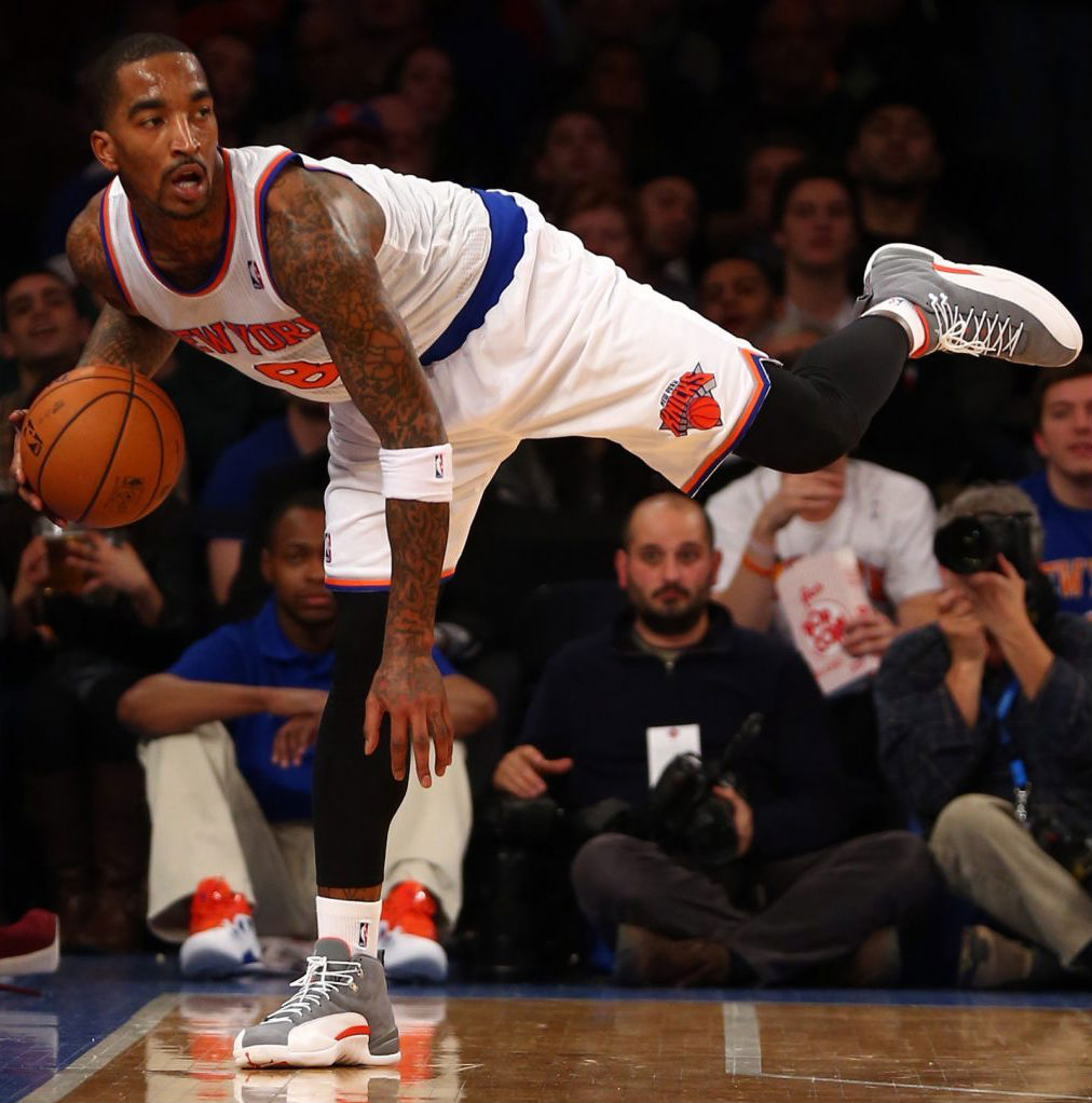 "Highlight // J.R. Smith's Reverse Alley Oop in the ""Cool Grey"" Air Jordan XII 12 (2)"