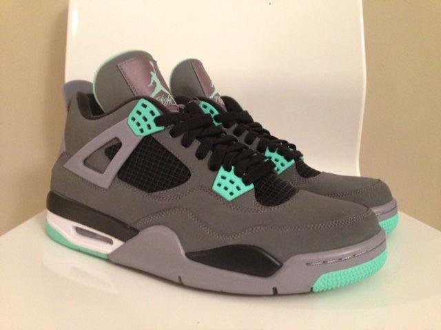 Air Jordan Retro 4 Grey Green Glow