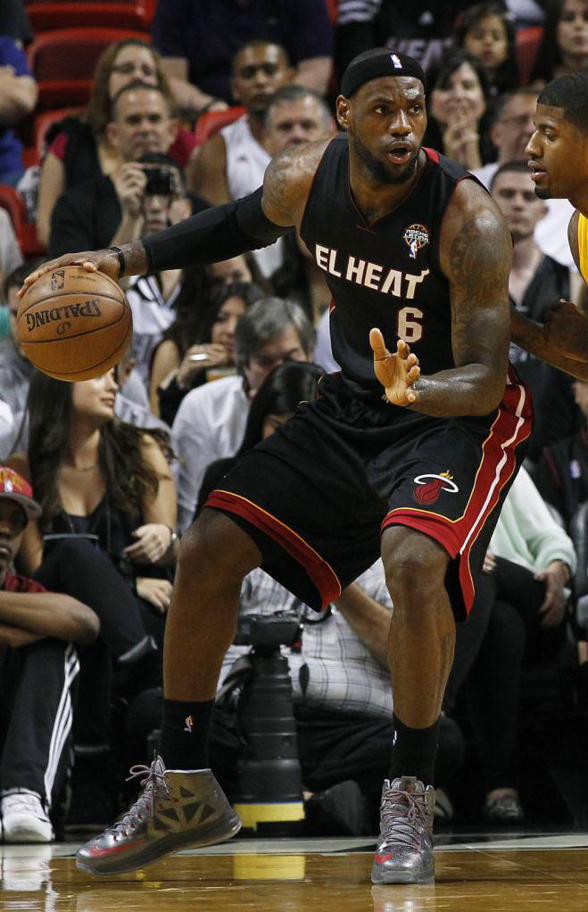 LeBron James wears Nike LeBron X Pewter Grey Red PE (1)