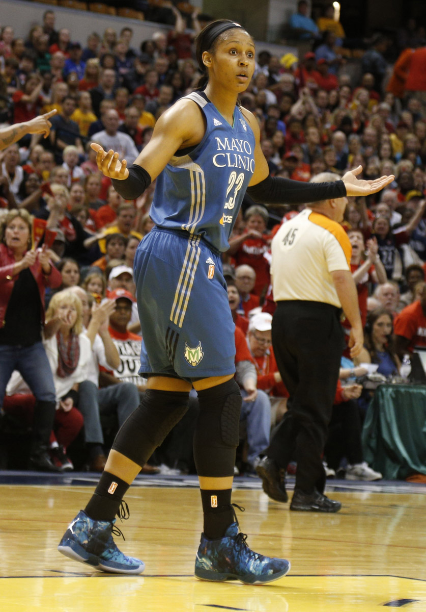 377c8e6be9a  SoleWatch  Maya Moore Breaks Hearts in the Air Jordan XX9