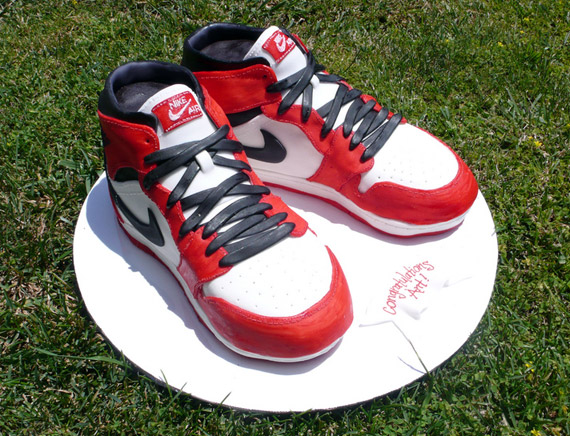 new style 0b144 f313f Check out these 23 cake versions of your favorite Air Jordans.