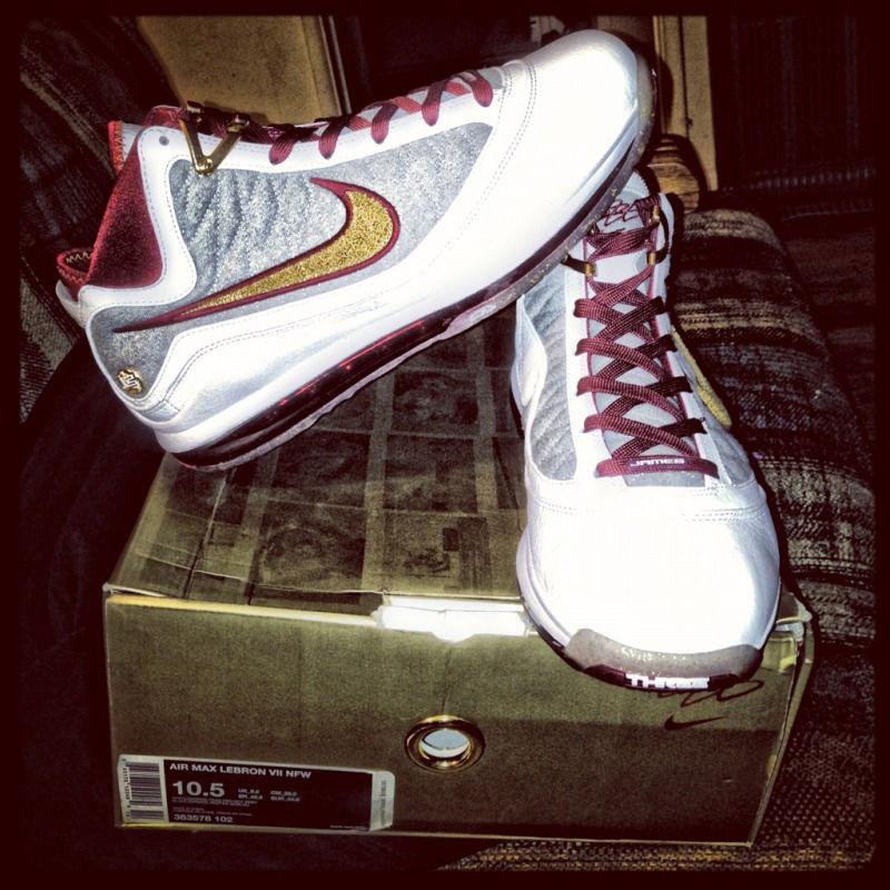 8a9e5c8ad20a Spotlight    Pickups of the Week 11.10.12 - Nike LeBron VII NFW MVP