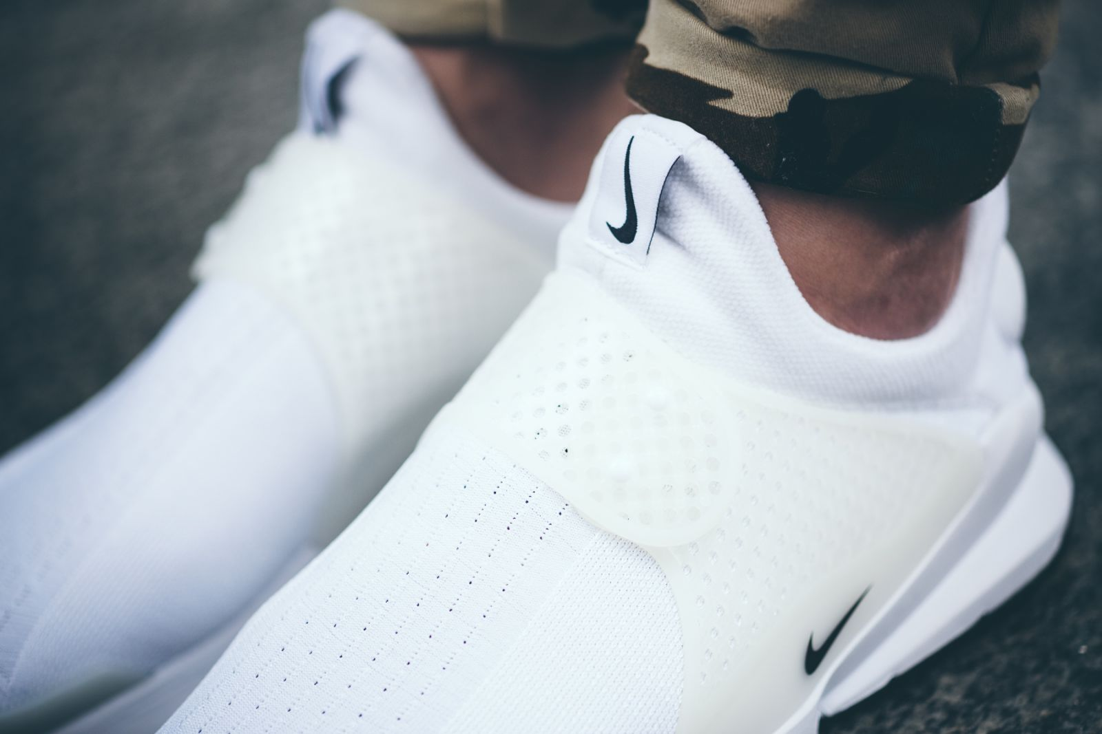 dc145207e3119 See How Nike s Sock Dart  Independence Day  Pack Looks On-feet ...