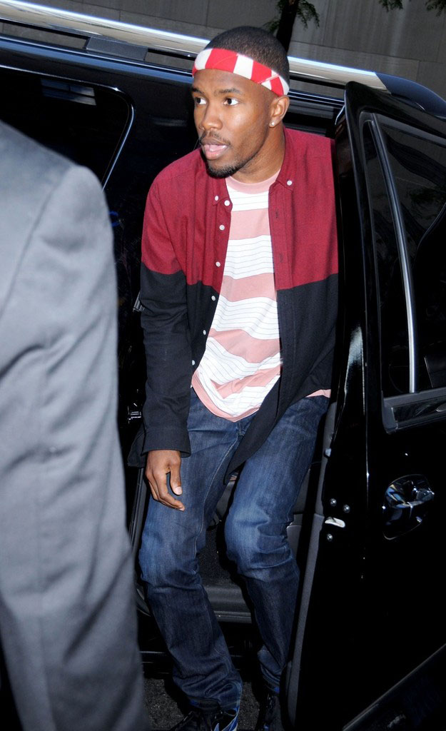 Frank Ocean wearing Air Jordan I 1 Black Royal (1)