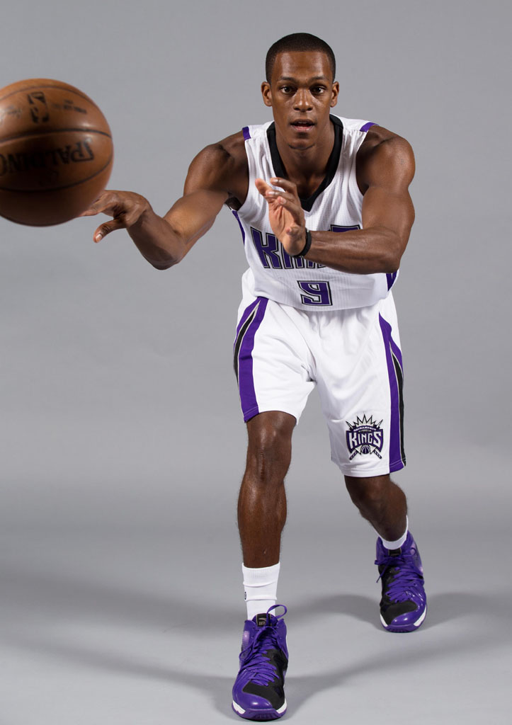 Rajon Rondo wearing the 'Kings' ANTA RR1