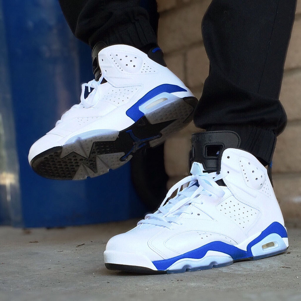 verse001 wearing the 'Sport Blue' Air Jordan VI 6 Retro