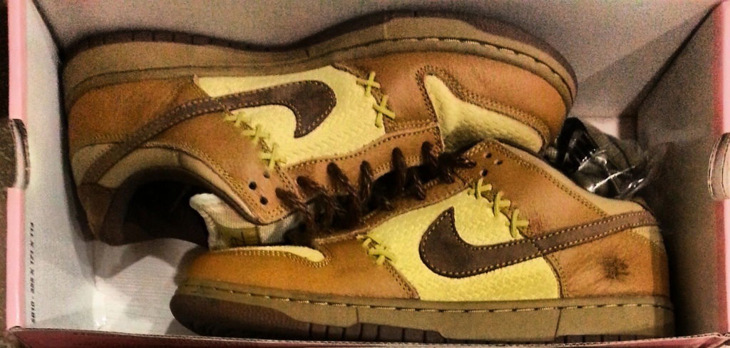 Spotlight // Pickups of the Week 10.20.13 - Nike Dunk Low SB Shanghai 2 by Wit-E Beats