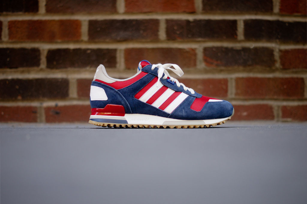 adidas zx 700 blue red