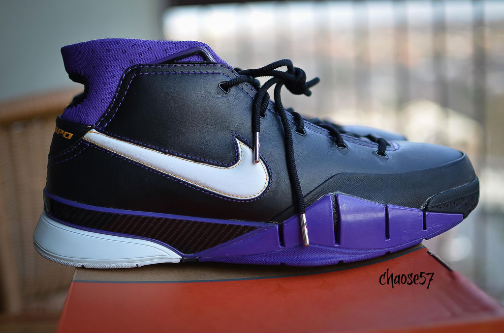 Spotlight // Pickups of the Week 12.1.12 - Nike Zoom Kobe 1 Black Out by chaose57