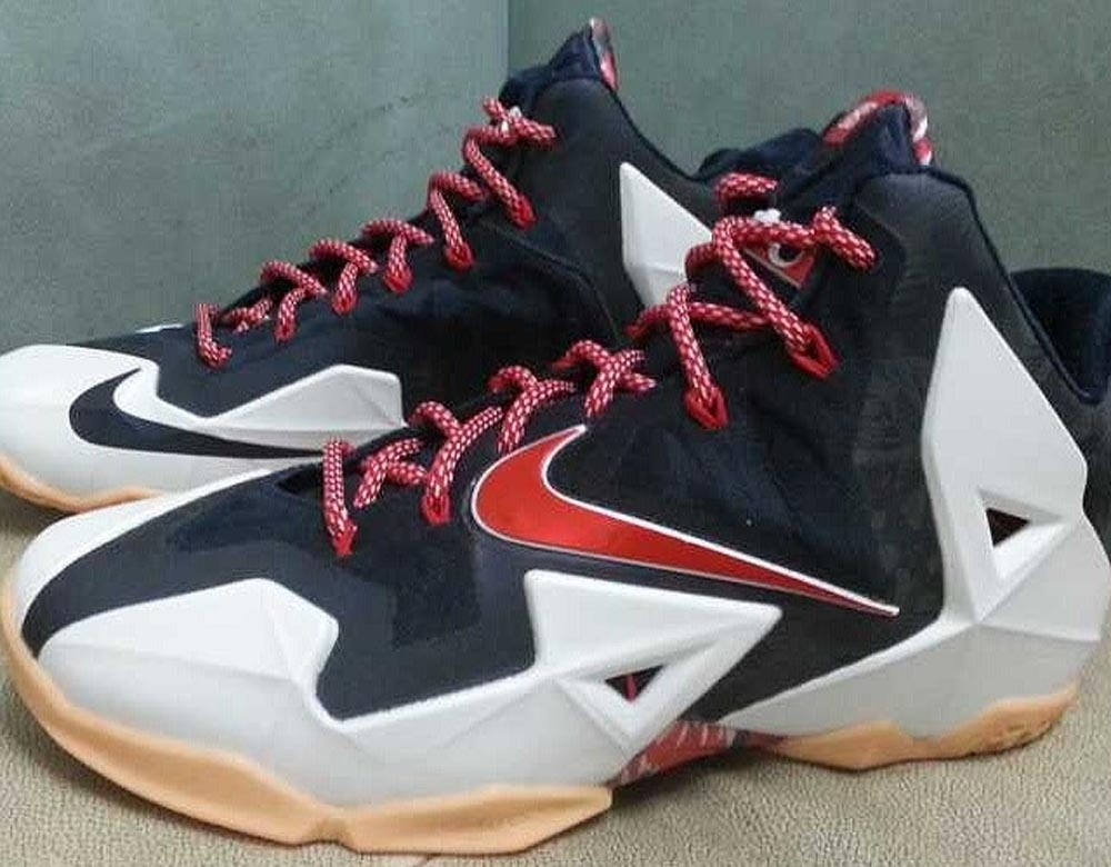 Nike LeBron 11 White/University Red-Obsidian-Pure Platinum