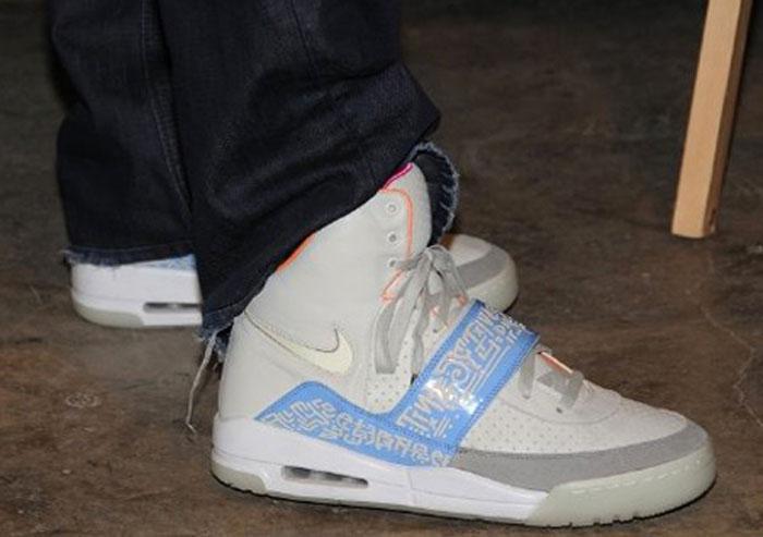 hot sale online 39f6c 875be Kanye West Nike Air Yeezy Tinker Hatfield Sample